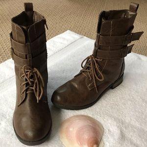 🌹2/$25🌹 Charlotte Russe Combat Boots